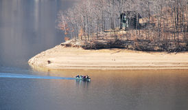 Озеро Tarnita в падении стоковое фото rf