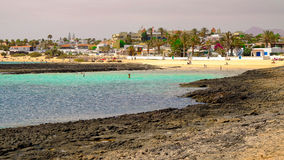 Взгляд на пляже Corralejo, Фуэртевентуре, Испании стоковое фото rf
