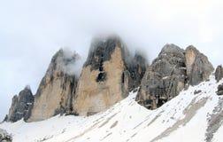 Взгляд на саммите горных вершин (доломиты) Стоковая Фотография RF