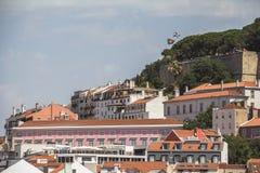 Взгляд на старых таунхаусах в Лиссабоне, Португалии Стоковые Фото