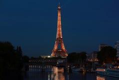 Взгляд на Эйфелева башне, Париж, Франция стоковые изображения