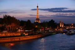 Взгляд на Эйфелева башне, Париж, Франция стоковое фото
