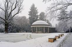 Взгляд на Kolonada Libensky, галерее в Podebrady, популярном чехословакском городе курорта Стоковые Изображения