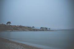 Взгляд на Lake Baikal под туманом Стоковые Изображения