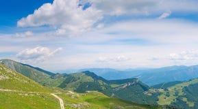 Взгляд над rda Ga озера, итальянкой Альпами Стоковое фото RF
