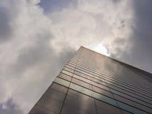 Взгляд небоскреба и неба Стоковое фото RF