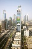 Взгляд небоскребов шейха Zayed Дороги в Дубай, ОАЭ Стоковое Изображение RF