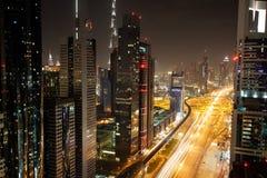 Взгляд небоскребов шейха Zayed Дороги в Дубай, ОАЭ Стоковые Фото