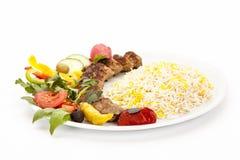 Взгляд низкого угла зажаренной овечки Kebab Kubide стоковые изображения