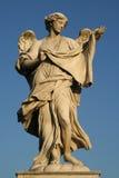 Взгляд низкого угла статуи Стоковое Изображение RF