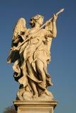 Взгляд низкого угла статуи Стоковое фото RF