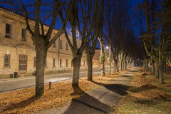 Взгляд ночи в усилии города Daugavpils около старого воинского здания Стоковое Изображение