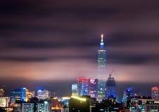 Взгляд ночи города Тайбэя стоковое фото