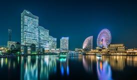 Взгляд ночи городского пейзажа Иокогама на районе портового района Minato Mirai Стоковое Изображение RF