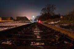 Взгляд ночи железной дороги Стоковые Фото