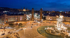 Взгляд ночи испанского квадрата, Barcellona Стоковая Фотография RF