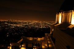 Взгляд ночи Лос-Анджелеса от Griffith Park Стоковые Фотографии RF