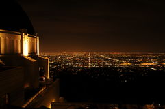 Взгляд ночи Лос-Анджелеса от Griffith Park стоковые фото
