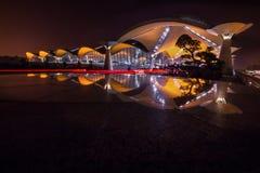 Взгляд ночи международного аэропорта Куалаа-Лумпур. Стоковые Изображения RF
