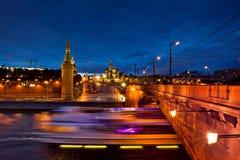 Взгляд ночи Москвы Кремля Стоковое фото RF