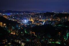 Взгляд ночи над Тайбэем, Тайванем Стоковое Фото