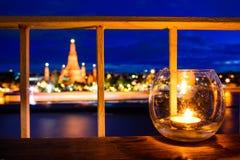 Взгляд ночи с Wat Arun, Бангкоком Стоковые Фотографии RF