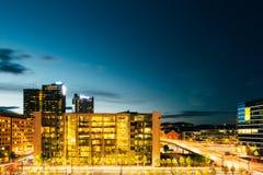 Взгляд ночи улицы в центрах города в Осло Стоковая Фотография