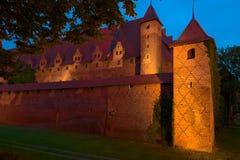 Взгляд ночи Teutonic замка заказа в Мальборке, Польше Стоковое Изображение RF