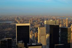 Взгляд Нью-Йорка от Рокефеллер Стоковое Изображение