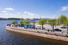 Взгляд обваловки Петрограда от крейсера Стоковая Фотография RF