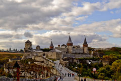 Взгляд обозревая замок города Стоковая Фотография