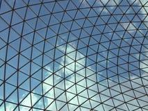 Взгляд облаков через окно в крыше Стоковое фото RF
