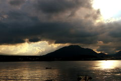 Взгляд озера Toya, Hokaido, Японии Стоковое Изображение RF