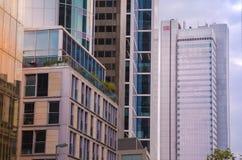 Взгляд организаций бизнеса нижний в Франкфурте, Германии Стоковая Фотография