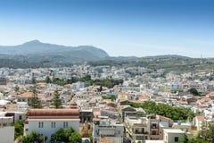 Взгляд от верхней части к греческому городу Стоковые Изображения