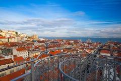 Взгляд от вершины лифта Санты Justa на Лиссабоне Стоковое Изображение