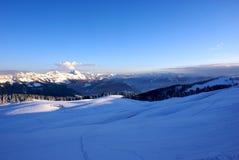 Взгляд от вершины курорта Semnoz смотря восточный Стоковое Фото
