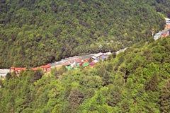 Взгляд от вершины Roza Khutor стоковые фото