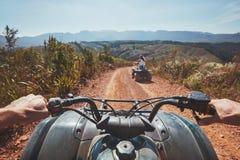 Взгляд от велосипеда квада в природе Стоковые Изображения