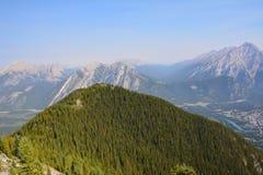 Взгляд от горы в Banff Канаде Стоковые Изображения