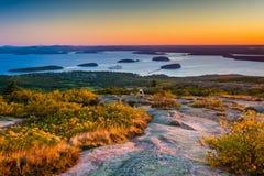 Взгляд от горы Caddilac в национальном парке Acadia, Mai восхода солнца Стоковая Фотография RF