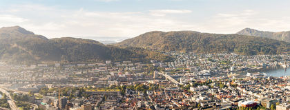 Взгляд от горы Floyen в Бергене Норвегии Стоковые Фото