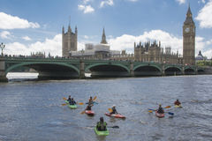 Взгляд от Лондона от Темзы Стоковые Фото