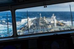 Взгляд от моста навигации к палубе Стоковое фото RF