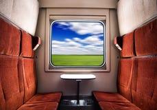 Взгляд от окна поезда на живописном ландшафте лета стоковое фото rf