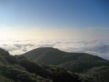 Взгляд от охраны природы Санта-Моника с морским слоем Стоковое Фото