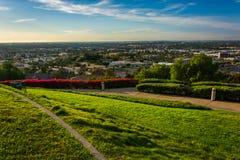 Взгляд от парка вершины холма, в холме сигнала Стоковое Изображение