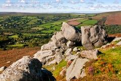 Взгляд от скалистой вершины Dartmoor колокола Стоковые Изображения RF