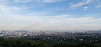 Взгляд от Kahlenberg на вене столицы австрийцев стоковое фото