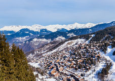 Взгляд долины Meribel Центр деревни Meribel (1450 m) Стоковые Изображения RF